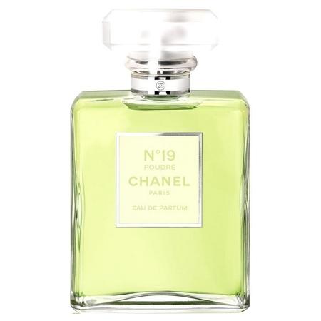 Chanel - N°19 Poudré