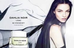 Givenchy - Dahlia Noir L'Eau Pub