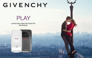Givenchy - Play for Her Eau de Toilette Pub