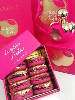 Parfum La Tentation de Nina et Macarons