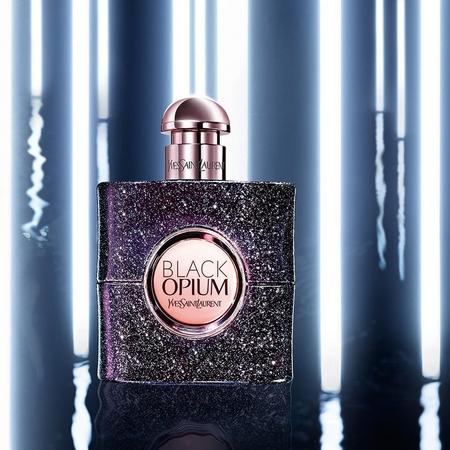 Le caractère de Black Opium Nuit Blanche