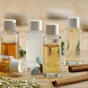 Les étapes de la fabrication du parfum