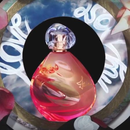 L'univers mystérieux de la pub Izia de Sisley