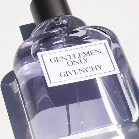 Gentlemen Only le dandy moderne de Givenchy