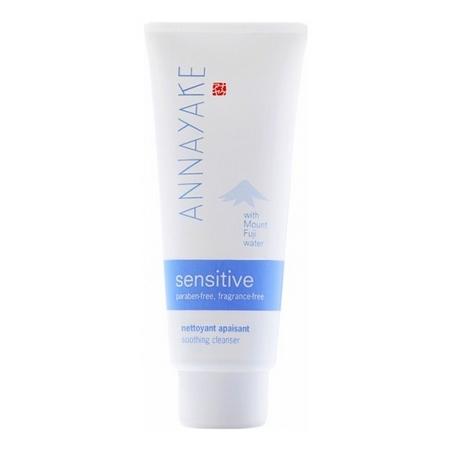 Le Nettoyant Apaisant Sensitive d'Annayake : pour une peau plus propre et plus douce