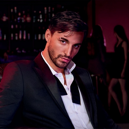 Wanted by Night : Azzaro signe une nouvelle pub