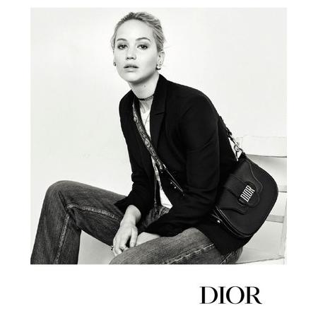Jennifer Lawrence, égérie du nouveau parfum Dior