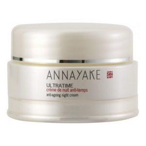 La crème de nuit anti-temps Ultra-Time d'Annayake