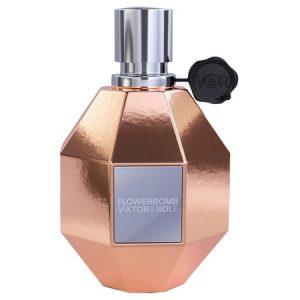 Rose Gold, le nouveau flacon de parfum Flowerbomb