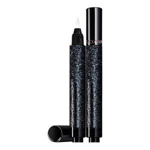 Le format inédit de la nouveauté Black Opium Click & Go d'Yves Saint-Laurent