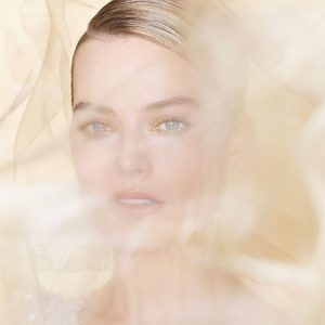 Margot Robbie incarne le parfum Chanel : Gabrielle Essence