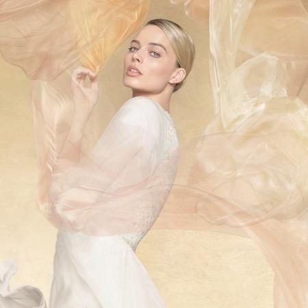 La nouvelle pub Gabrielle Chanel Essence avec Margot Robbie