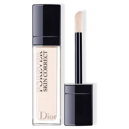 Le Dior Forever Skin Correct, un produit polyvalent à mis chemin le correcteur et le fond de teint
