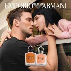 La nouvelle égérie du tout nouveau parfum d'Armani In Love With You Freeze
