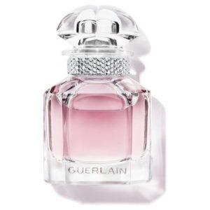 Mon Guerlain Sparkling Bouquet, Angélina Jolie tout sourire dans une nouvelle publicité