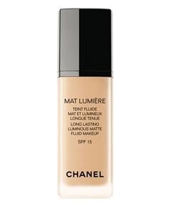 Chanel – Mat Lumière Teint Fluide Mat et Lumineux Longue Tenue SPF 15
