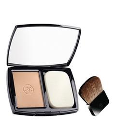 Chanel – Vitalumière Eclat Teint Compact Poudre Confort Sublimateur d'Eclat SPF 10
